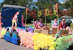 This year's Sophomores win float competition!